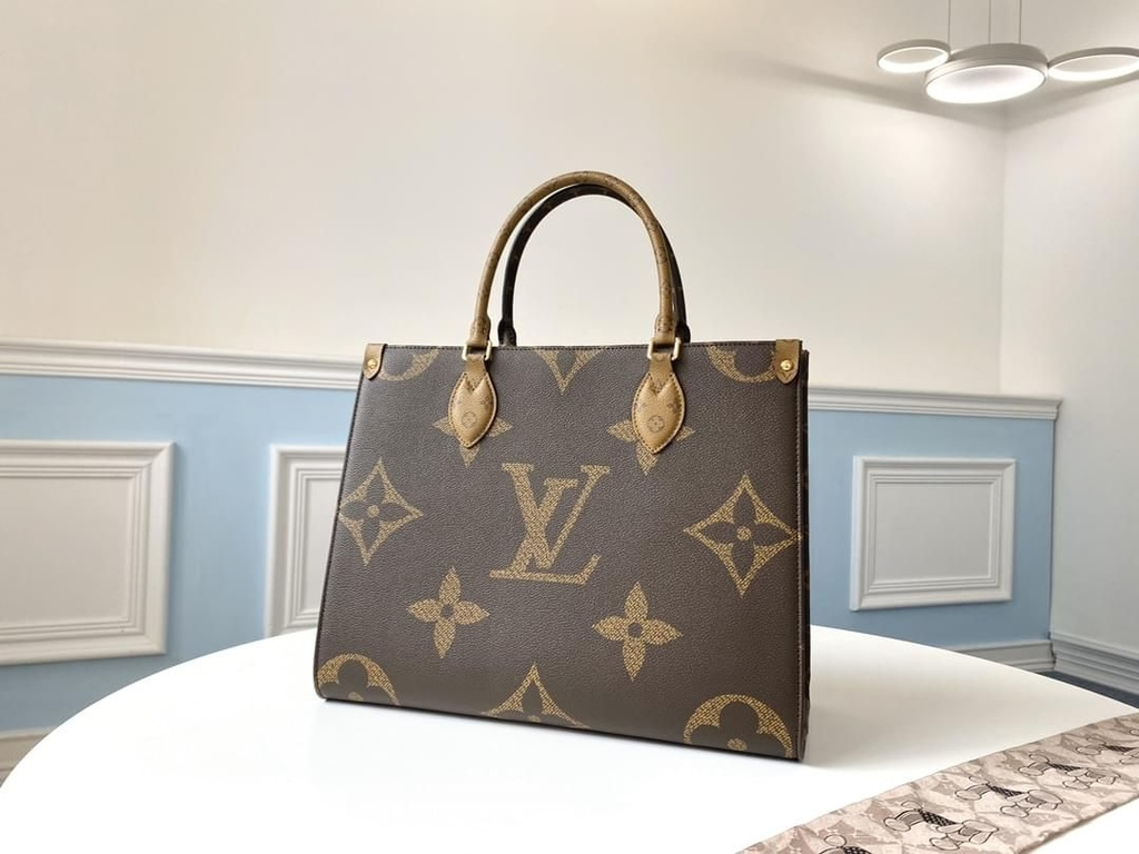 M44576 Louis Vuitton_LV monogram open large-capacity shopping traveling bag handbag.jpeg