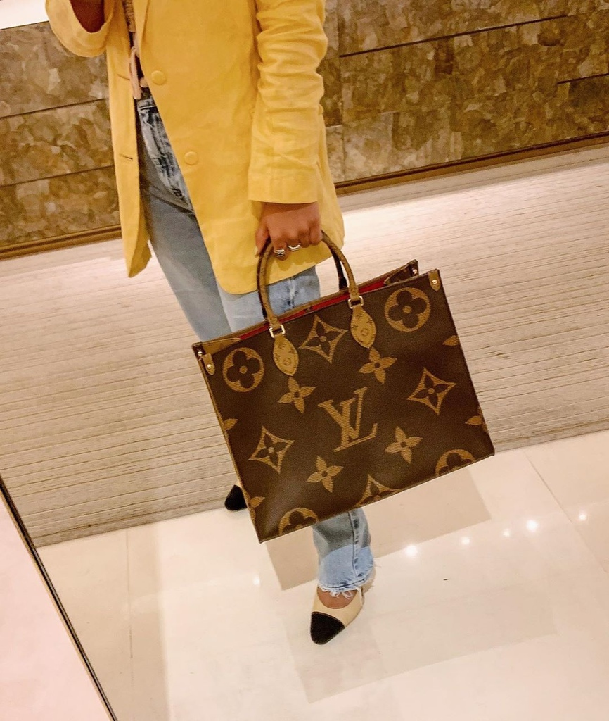 #louisvuittononthego _ Louis Vuitton _  Baskets Louis Vuitton _  Sneakers Louis Vuitton _  Sac Louis Vuitton _  Sacoche Louis Vuitton _  Sac onthego Louis Vuitton _ (1).jpeg