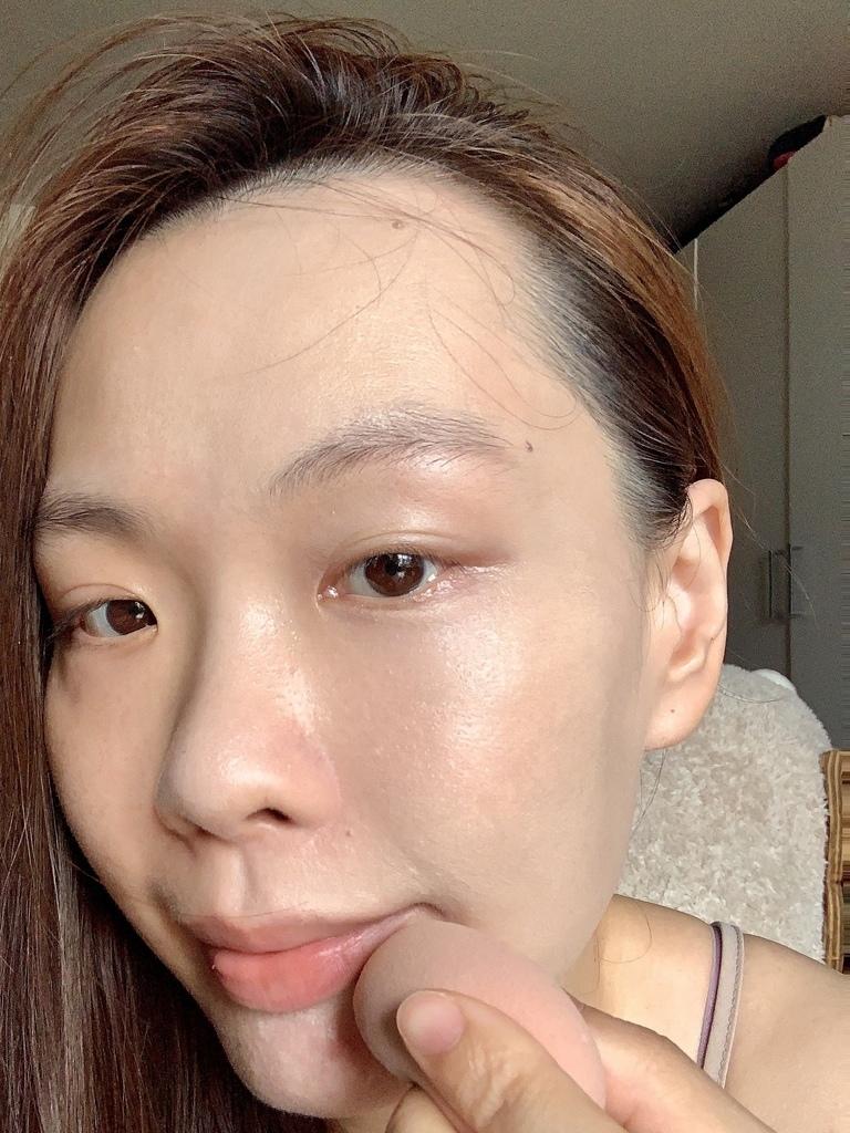 Dr.cink達特聖克爆水粉底液03.JPG