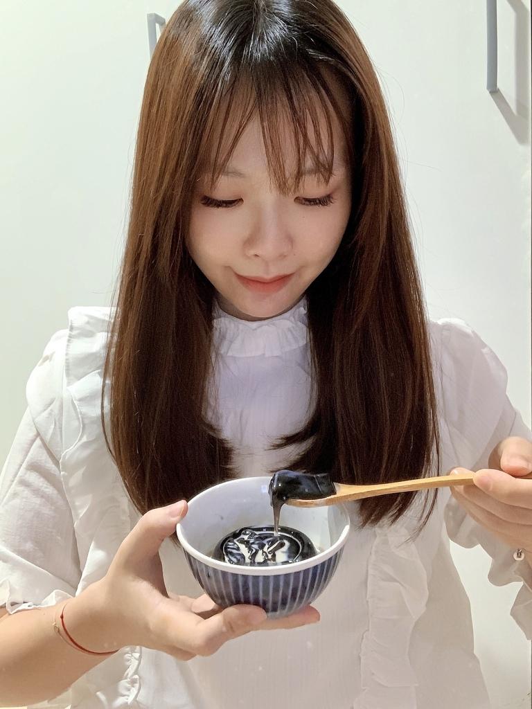 黑丸嫩仙草_墨戲仙草01.JPG