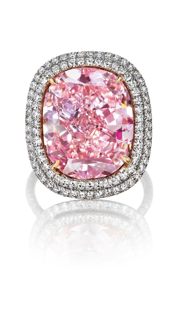 the_largest_cushion-shaped_fancy_vivid_pink_diamond.jpg