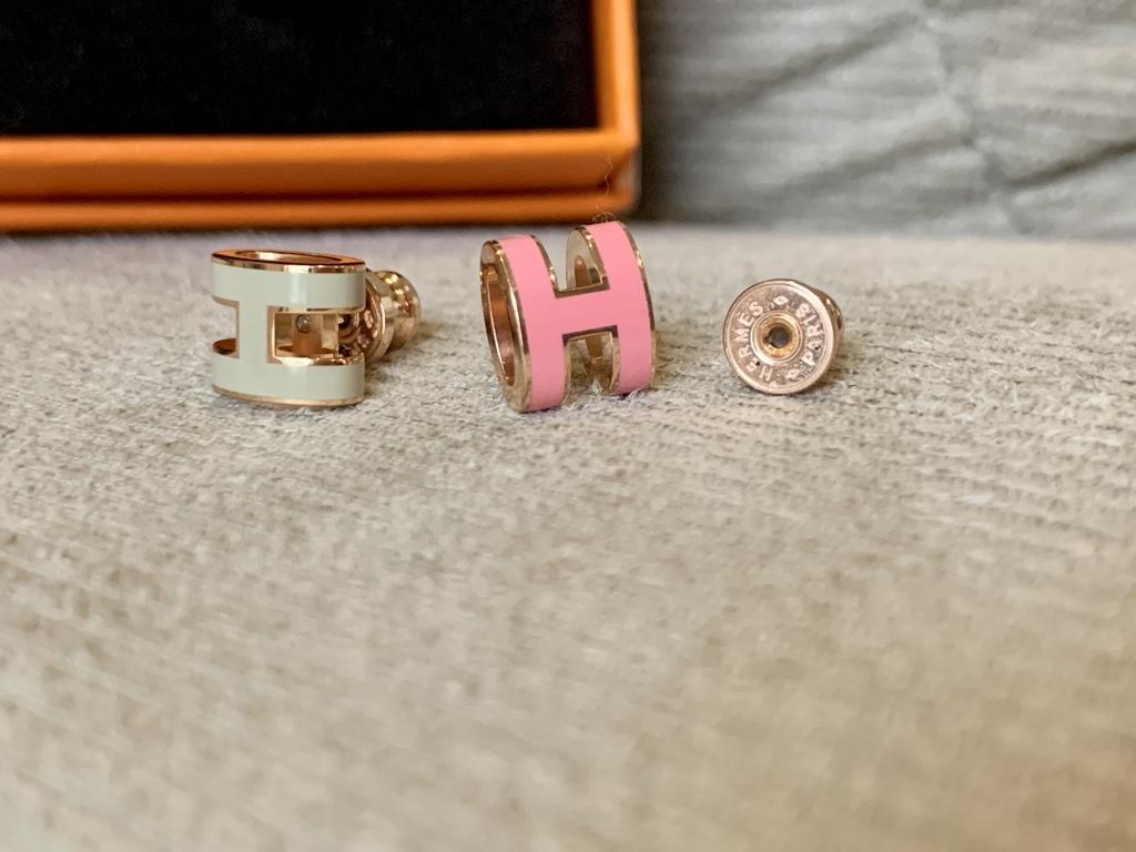 Hermes mini pop h earrings.jpg