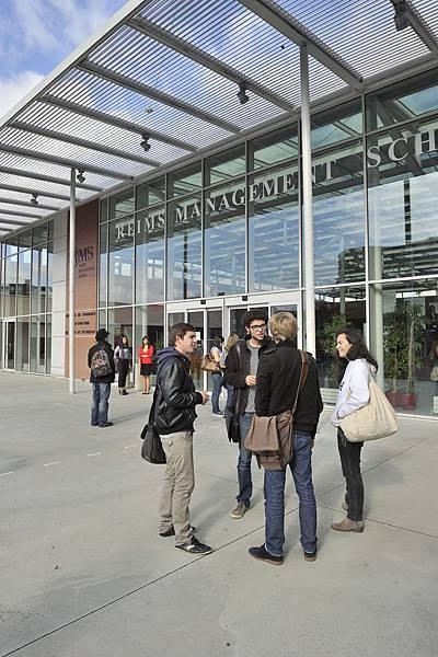 campus-reims(01).jpg