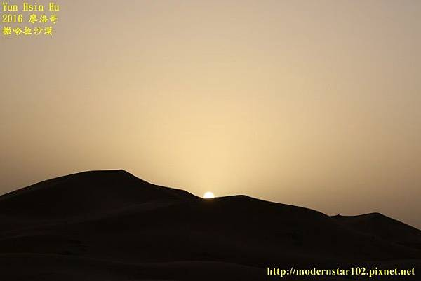 1050409撒哈拉沙漠894A7444 (640x427).jpg