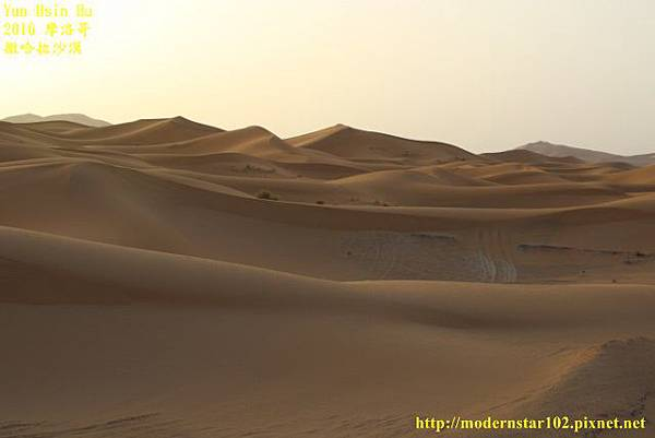 1050409撒哈拉沙漠894A7522 (640x427).jpg