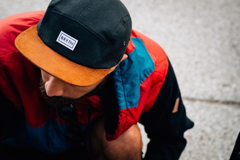 帽子戴久會禿頭、禿頭帽子、安全帽落髮、每天戴帽子、戴帽子長頭髮、戴帽子流汗、常戴安全帽禿頭01.jpg