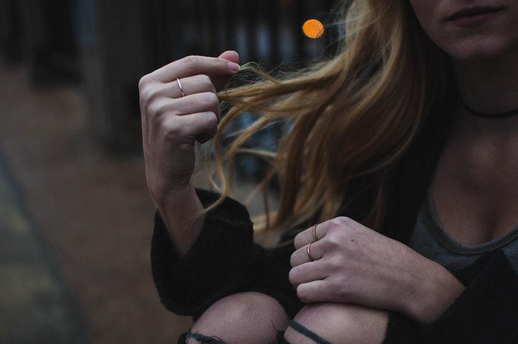 落髮問題生髮療程植髮療程毛爵生所台北植髮推薦毛爵生髮改善掉髮問題.png