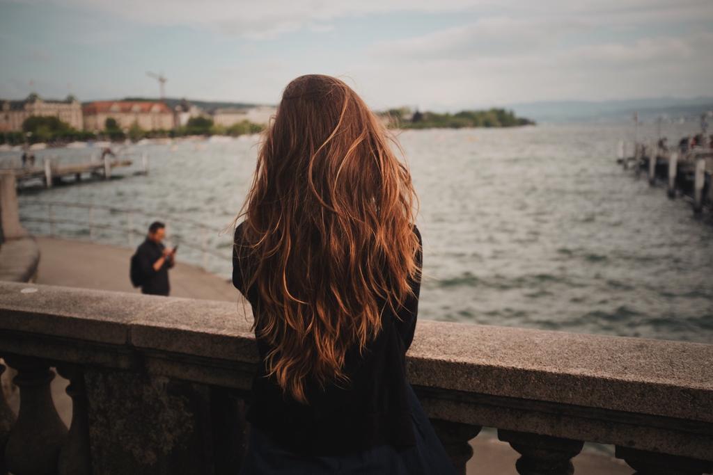 落髮問題生髮療程植髮療程毛爵生所食掉髮怎麼辦大量掉髮看哪科嚴重掉髮怎麼辦突然掉髮嚴重毛爵生髮診評價植髮價.png