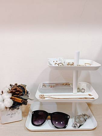 tower三層點心餐盤(白) 山崎收納 YAMAZAKI 廚房收納 客廳收納 下午茶 點心盤 首飾盤 臥室 化妝台