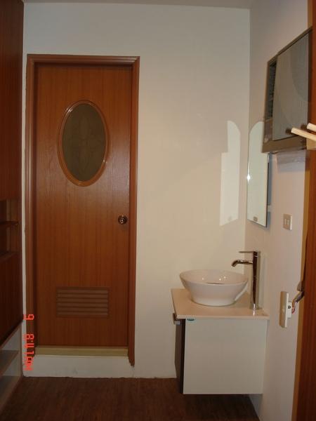 三樓套房浴室一角1.jpg