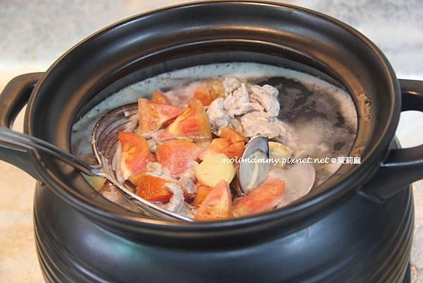蛤蜊肉絲湯麵2.jpg