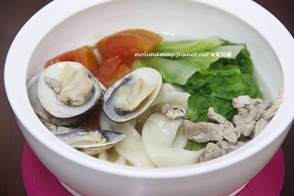 蛤蜊肉絲湯麵4.jpg