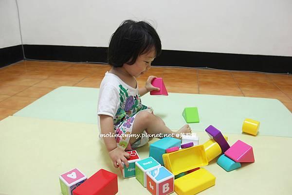 收玩具1.jpg
