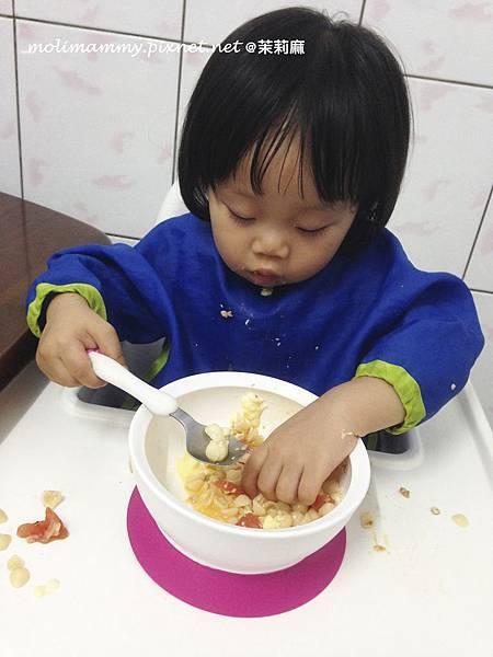 學吃飯4_5.jpg