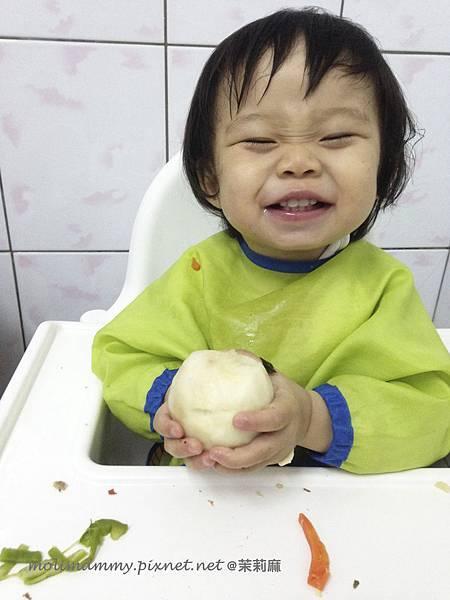 學吃飯8_3.jpg
