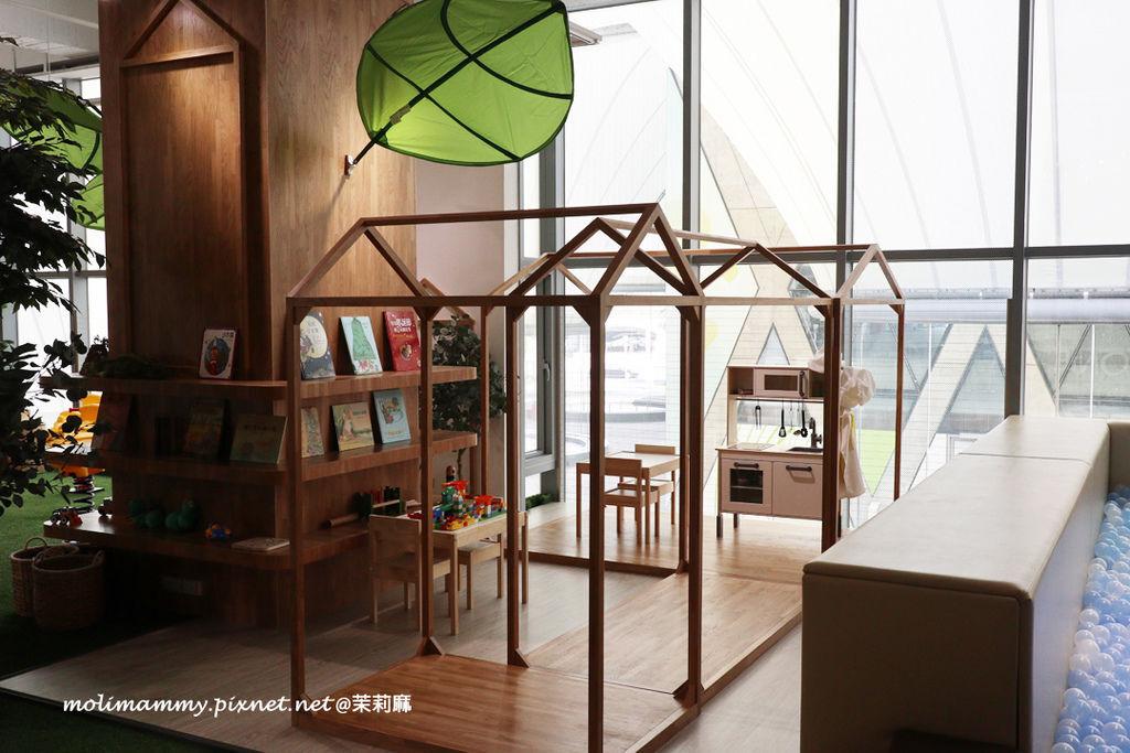 zonecafe5_1.jpg