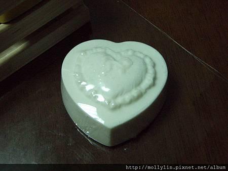 molly玩皂#3 潔白萊姆家事皂