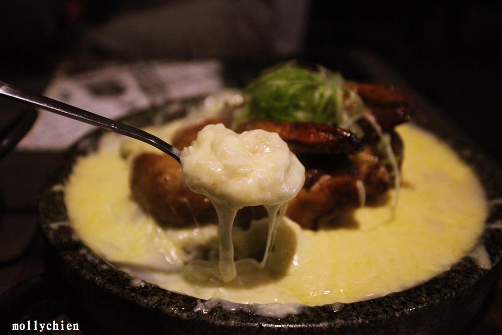 台中西區韓式料理「打啵G」鍋巴烤雞