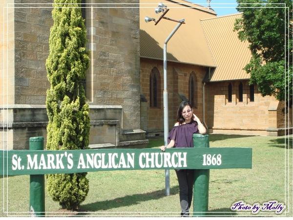 可愛的小教堂(Warwick)