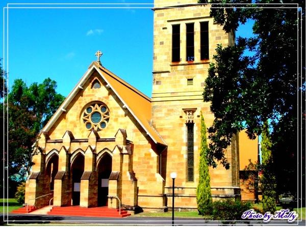 很可愛的小教堂(Warwick)