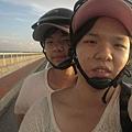 跨海大橋上騎車中