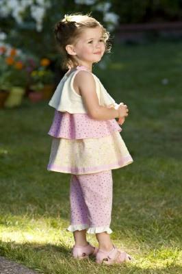 rabbit-moon-baby-infant-girl-capri-dot-pant-with-ruffle-cuff-geranium-3.jpg