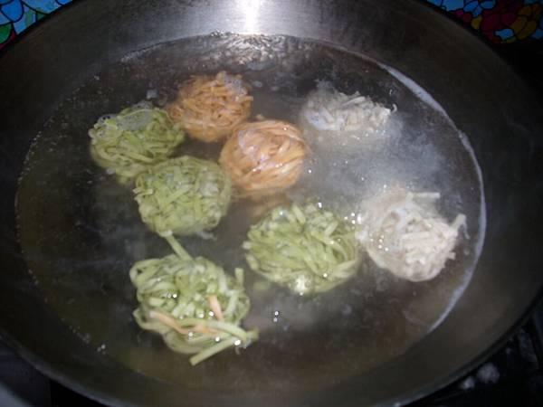 208.11.25_Vegetable Noodles_0011.jpg