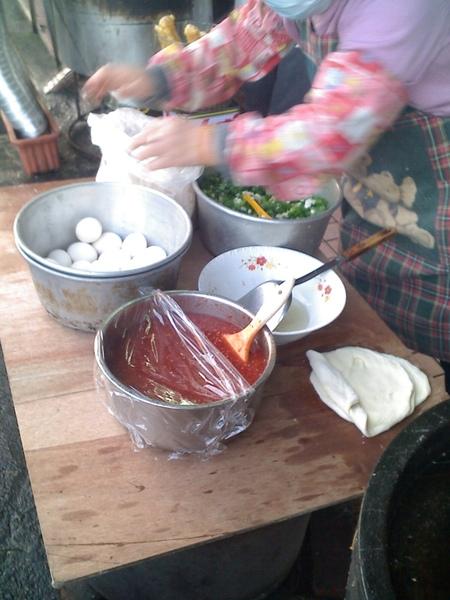 2009.03.10_傳統老店的好滋味_菜圃蛋餅+香濃豆漿_0002.jpg