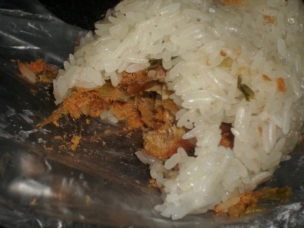 2009.06.01_早餐吃這個~傳統糯米飯糰_0007.JPG