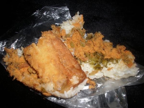 2009.06.01_早餐吃這個~傳統糯米飯糰_0008.JPG