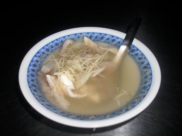 2009.06.29_基隆三沙灣~阿芬咖哩沙茶牛肉炒麵+牛雜湯_0003.JPG