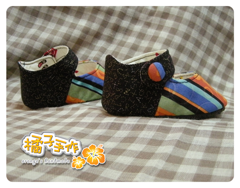 橘藍條紋嬰兒鞋3.jpg