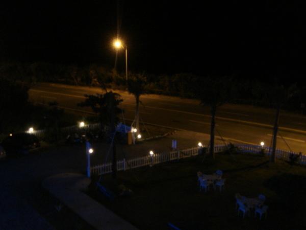 晚上從房間外陽台外拍