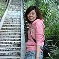 這個石階梯很長~拍起來很美
