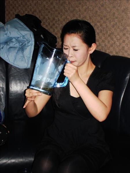 真的一下要喝很多