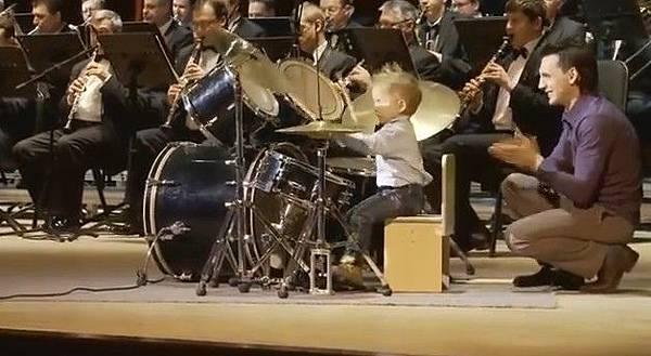 天才小鼓手