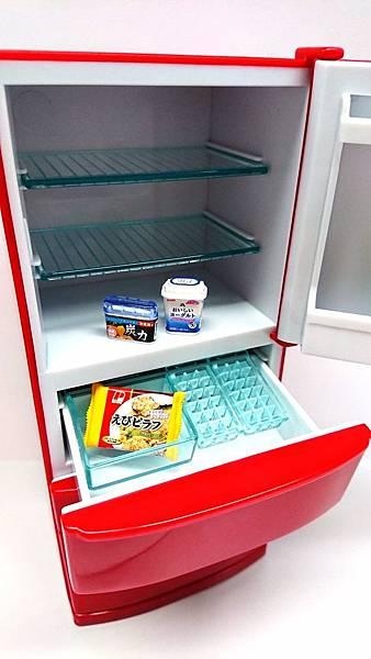 紅色冰箱3.jpg
