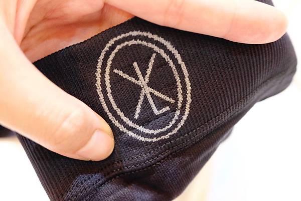 TWKXL改良了奈米膠囊的附著技術,推出全新的磁雕褲