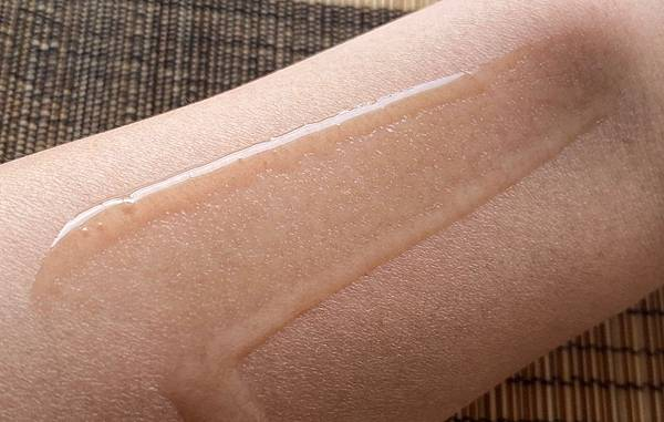 達特醫潤澤保濕系列,先為肌膚作好保濕功課,預防換季肌膚易出現的乾燥、敏感或脫皮等不適-AA.jpg