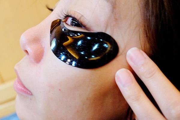 維密天使推薦111SKIN黑鑽光速全能眼膜-黑眼圈熊貓眼推薦_191216_0010.jpg