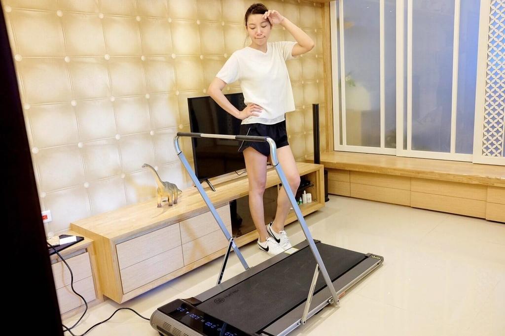 輝葉家用平板跑步機-小坪數跑步機_201127_10.jpg