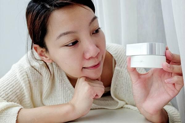 ORBIS活顏能量霜:柔滑與濃潤兼具的緊實感