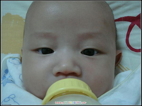 黑眼球超大= =+