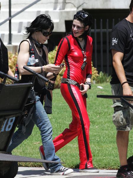 20090730-Kristen Stewart+Joan Jett-01.jpg