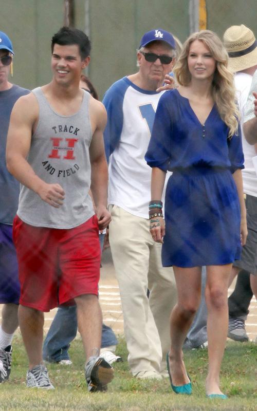 20090730-Taylor Lautner Set Valentine's Day-11.jpg