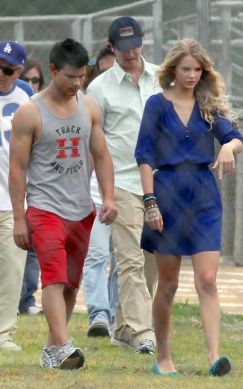 20090730-Taylor Lautner Set Valentine's Day-12.jpg