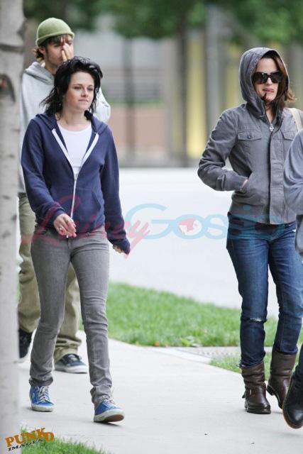 20090906- Kristen, Nikki and Elizabeth-02.jpg