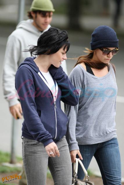 20090906- Kristen, Nikki and Elizabeth-10.jpg