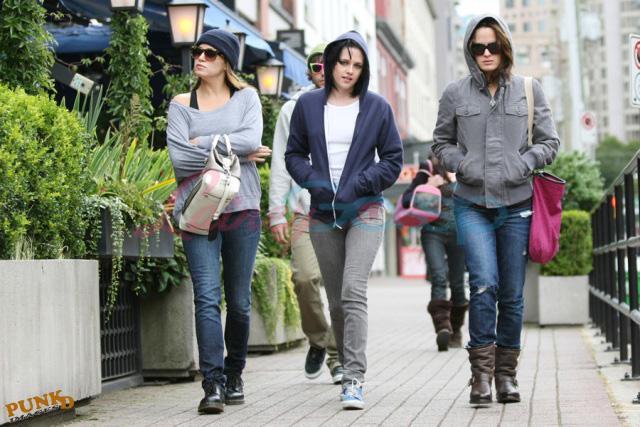 20090906- Kristen, Nikki and Elizabeth-33.jpg