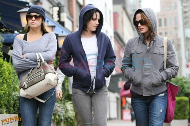 20090906- Kristen, Nikki and Elizabeth-37.jpg